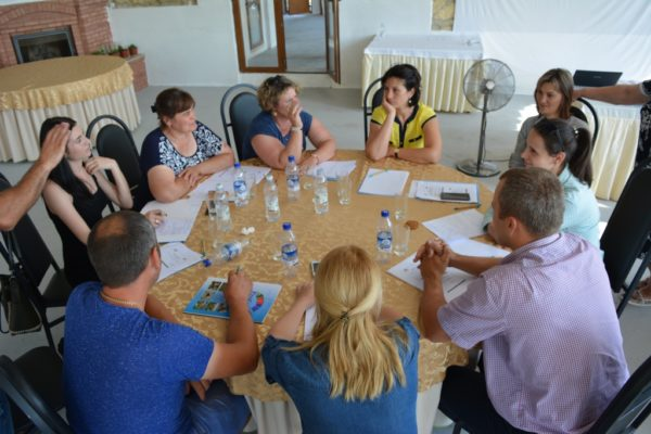 AO Pro Cooperare Regională a inițiat o platformă de dialog dintre societatea civilă și producătorii de lapte pentru stimularea înființării și sprijinirea formelor asociative din sectorul de lapte