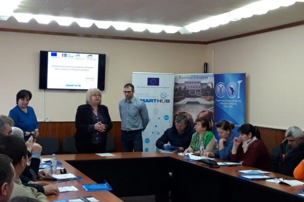 (Română) Antreprenorii din Glodeni informați despre sursele de finanțare