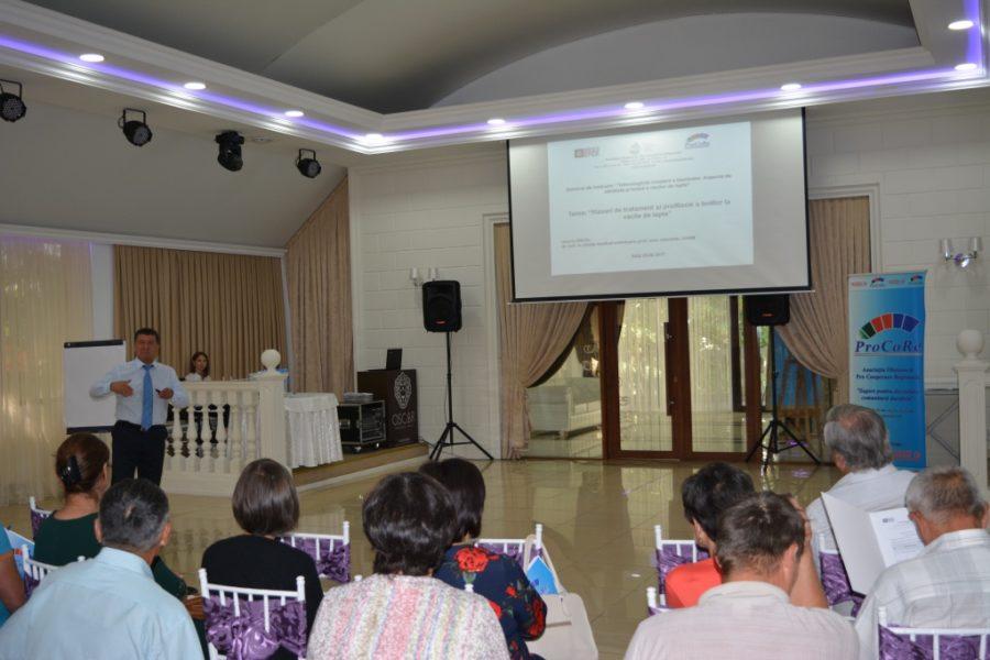(Română) AO Pro Cooperare Regională a organizat la data de 25 august seminarul de instruire privind Tehnologiile de creștere a taurinelor, aspecte de sănătate și hrană.