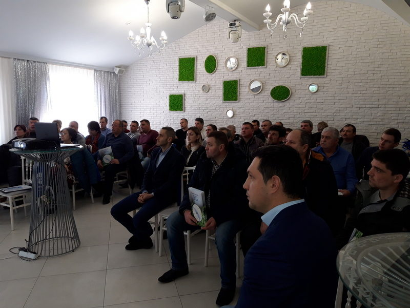 """(Română) Atelierul """"Îmbunătățirea procesului de recoltare a culturilor furajere"""" a avut loc la Bălți"""