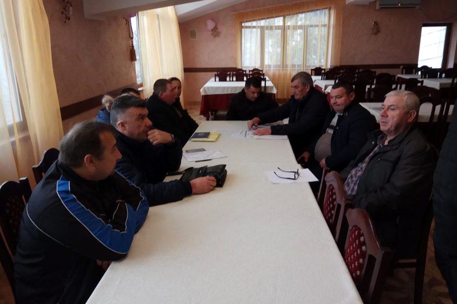 Producătorii de lapte din Rîșcani interesați de crearea unei cooperative