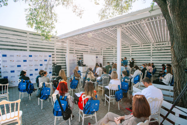 """UE-GIZ // Press release on launching the EU funded project """"Citizens' empowerment in the Republic of Moldova"""" in the North Development Region and grants' awarding ceremony to local CSOs"""