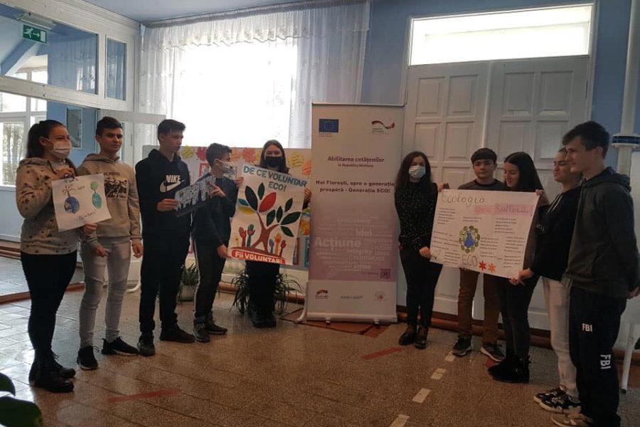 """Concurs de postere """"Oferă-te voluntar ECO – Schimbă ceva!"""" – Liceul Teoretic Ștefănești"""