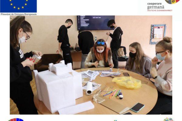 """(Română) Atelier de lucru pentru partea Expo, LT """"M. Eminescu"""" – AO Anima"""