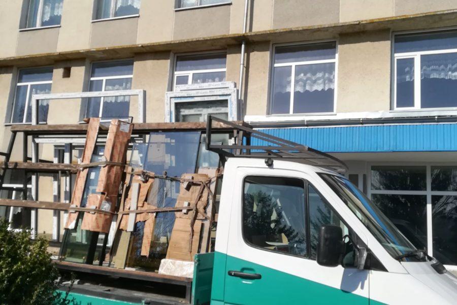 (Română) Ultima fereastră a fost instalată – AO Colaborare
